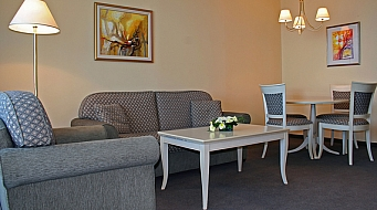 Riviera Beach Suite 1 bedroom