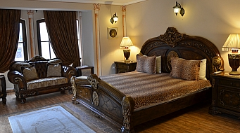 Boris Palace Suite
